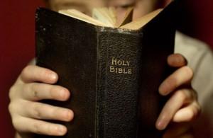 leyendo-la-bible