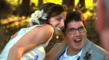 Video: La Historia de Ian & Larissa
