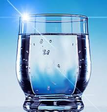 Reflexión: El vaso con agua