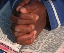 Reflexión: Una Biblia en la choza