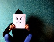 Escribiendo mi historia – Día 5 – Actitudes que irritan e incomodan