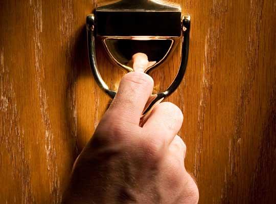 llamar-a-la-puerta